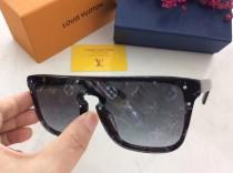 Wholesale Replica L^V Sunglasses Z2329E Online SLV200