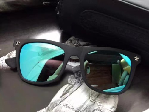 Buy online Copy Chorme Hearts Sunglasses Online SCE092