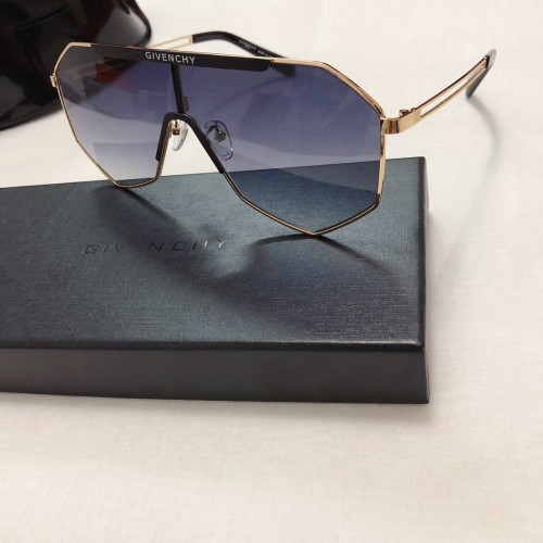 Copy GIVENCHY Sunglasses GV7118 Online SGI011