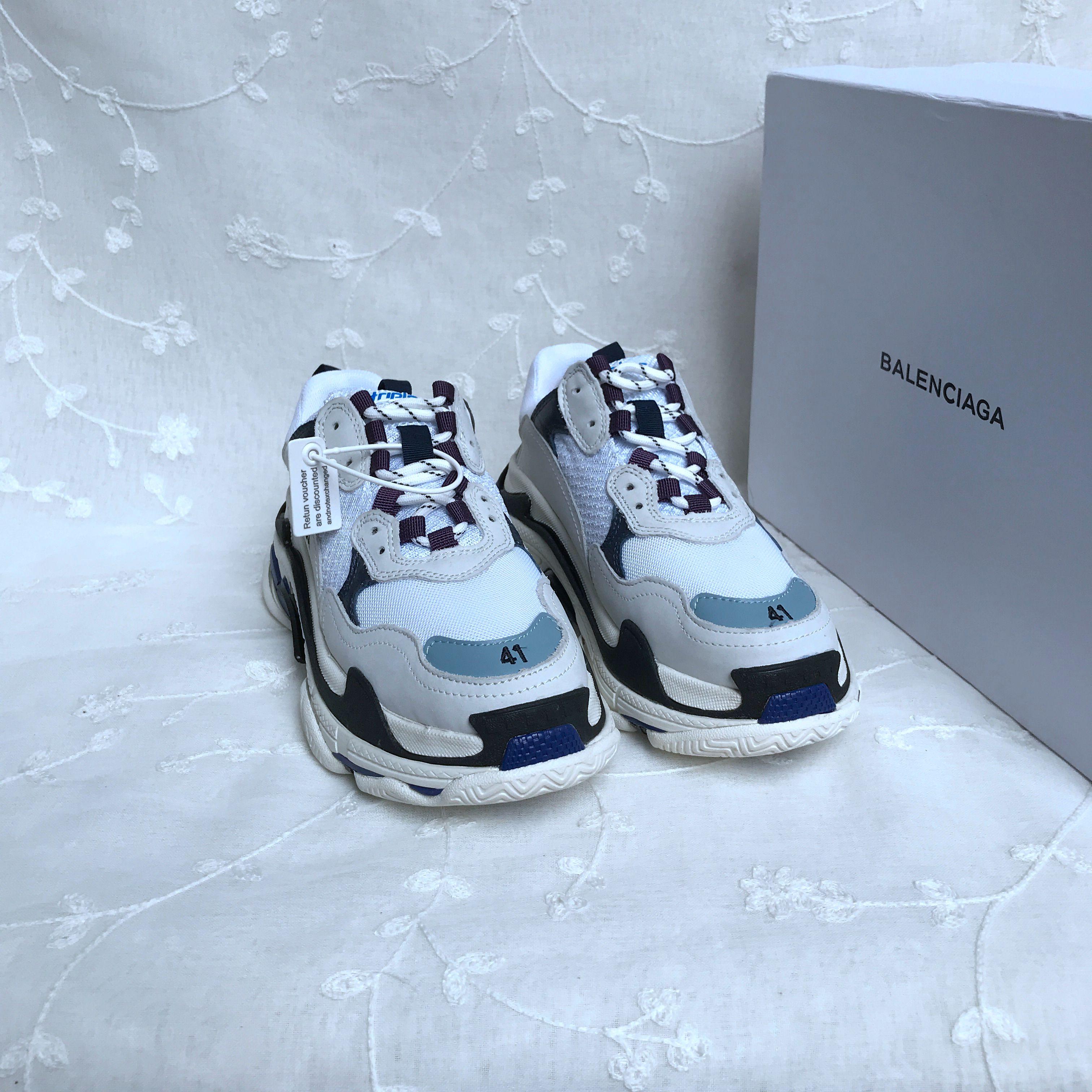 Balenciage Triple S Mesh & Leather Sneakers  424352
