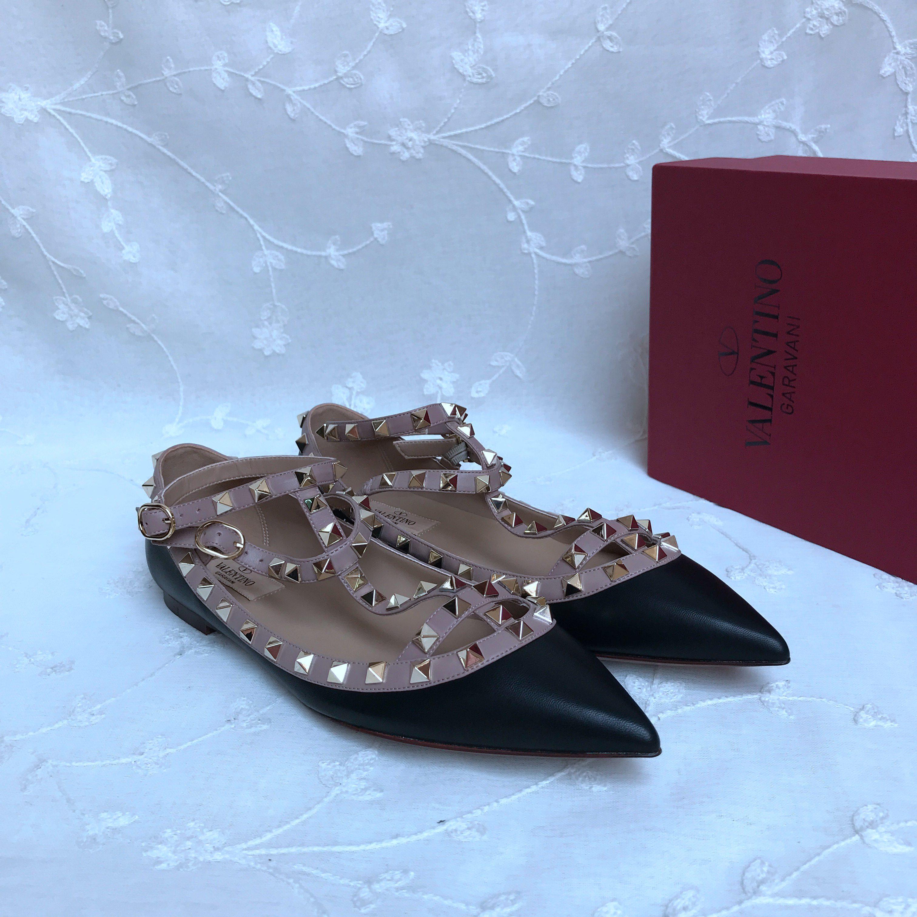 Valentino Classic Flats Shoes 437115