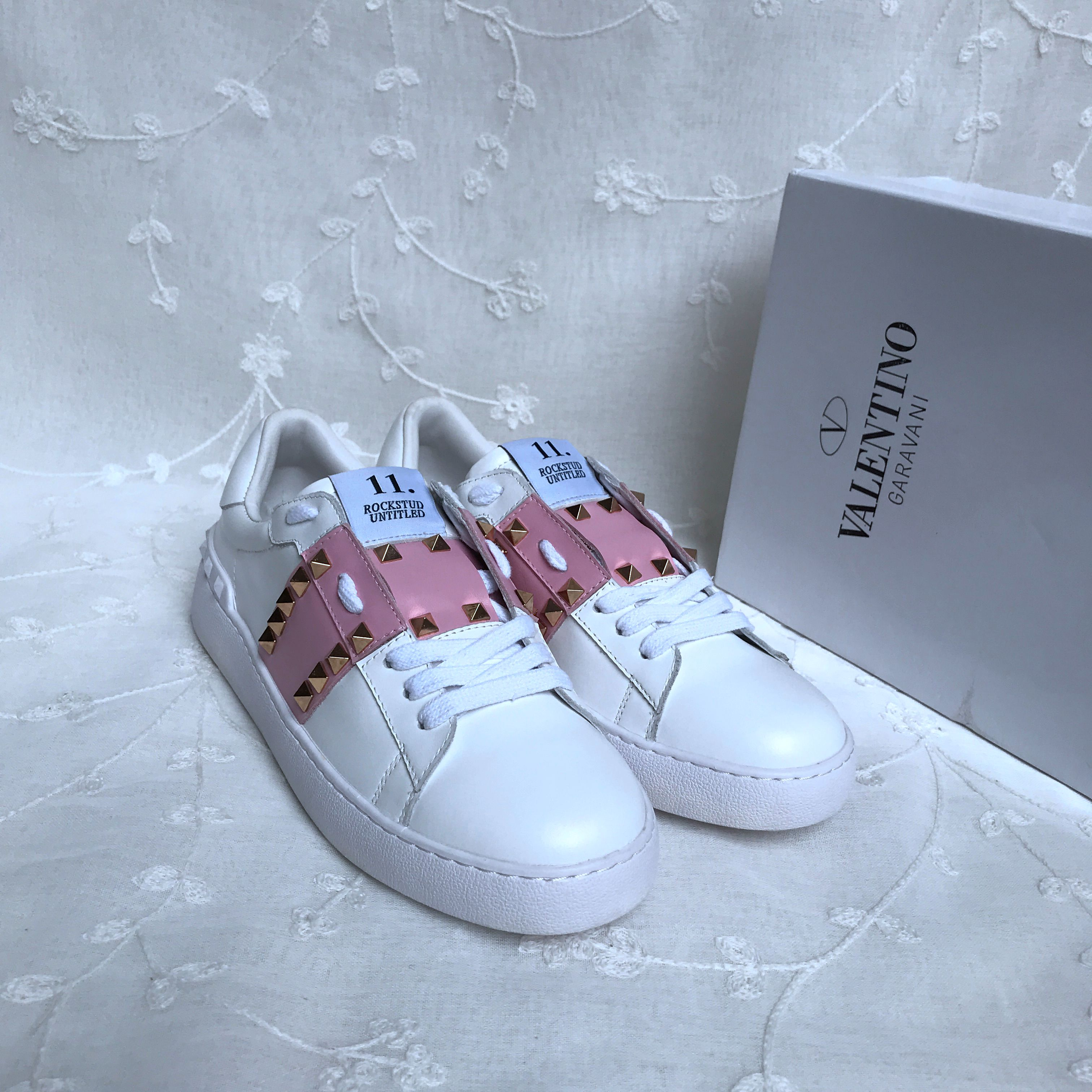 Valentino Classic Casual Shoes 451780
