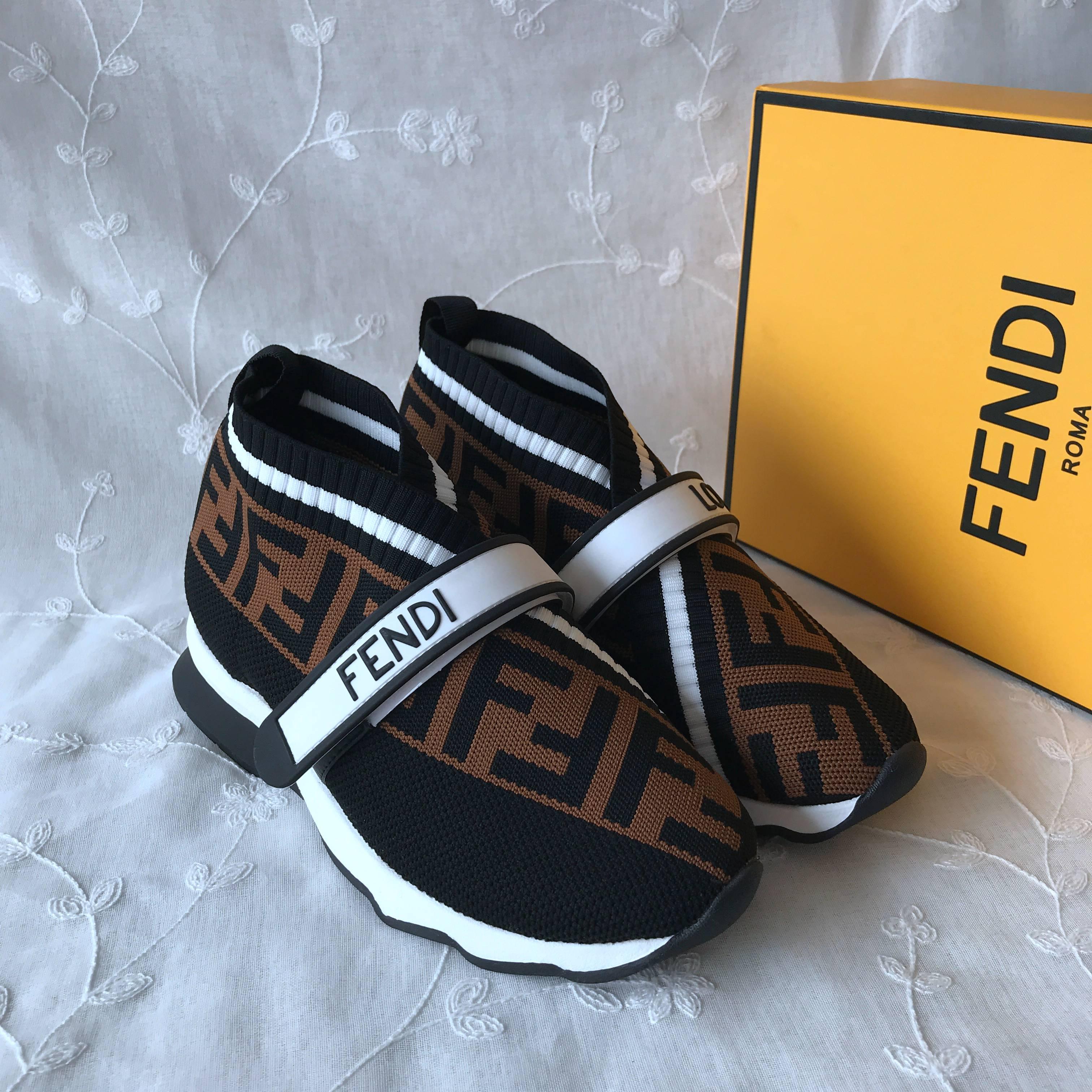 Fendi Casual Shoes 832520