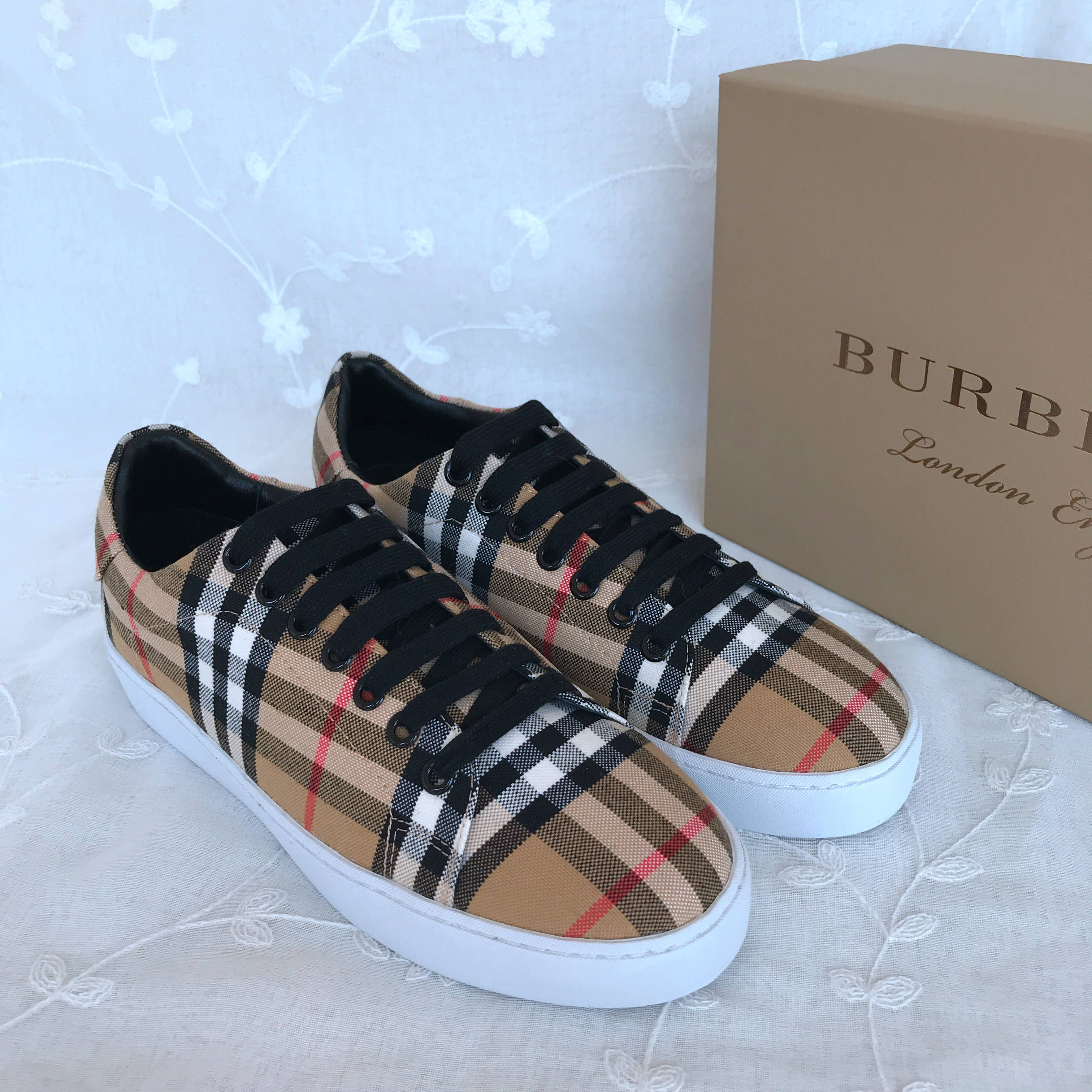 BURBERRY Casual Shoes 832617