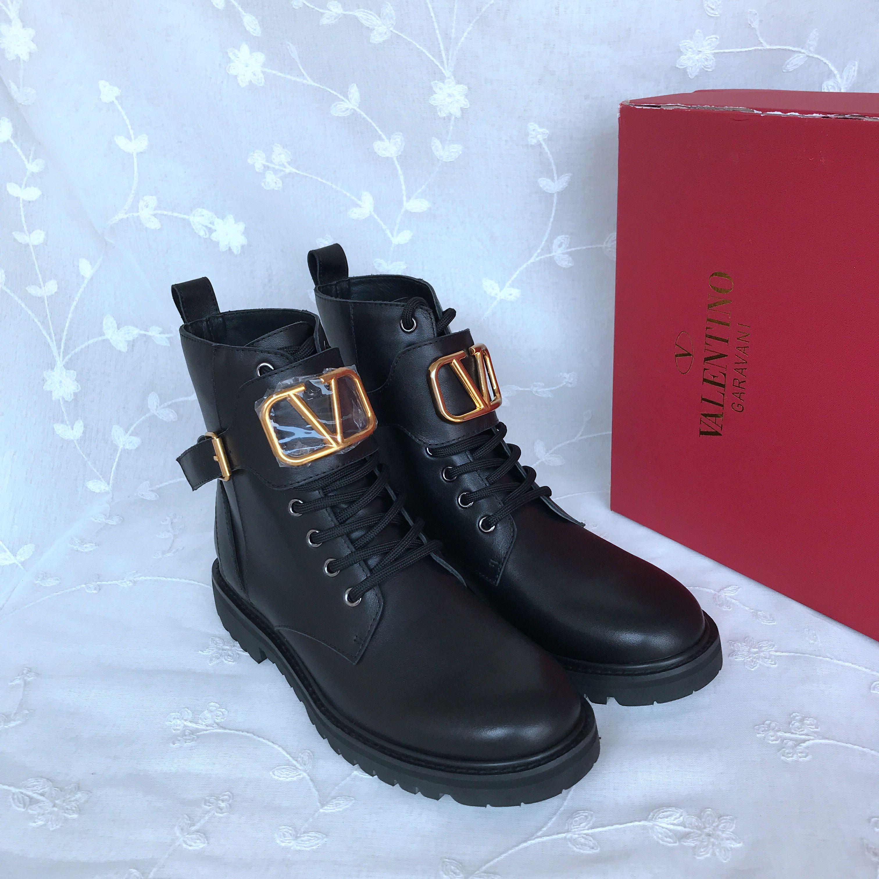 Valentino Boots 833275