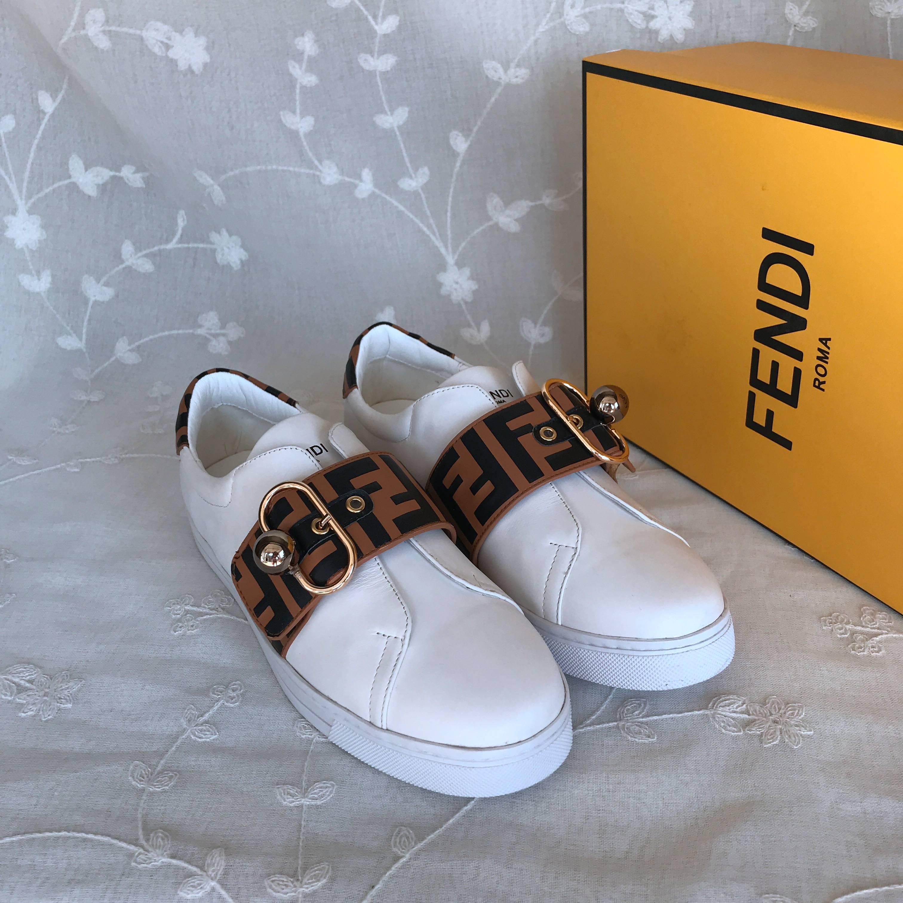 Fendi Casual Shoes 842713