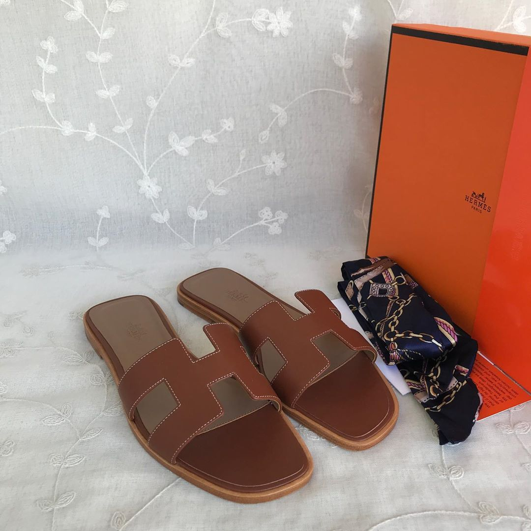 Hermes Brand Classic Slippers