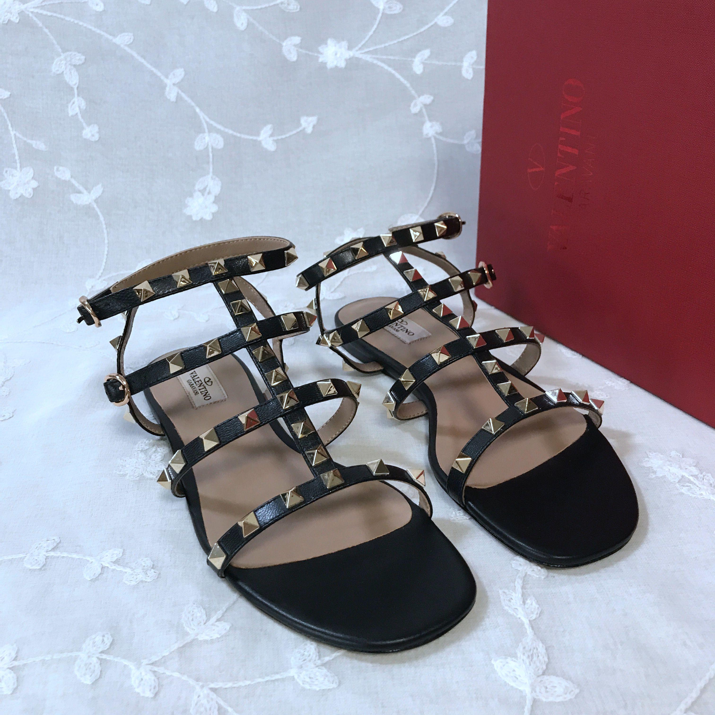 Valentino Classic Sandals 1336825
