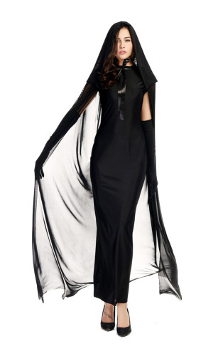 Female ghost night ghost costume in black ghost robe