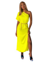 Yellow Solid color one-shoulder waist dress