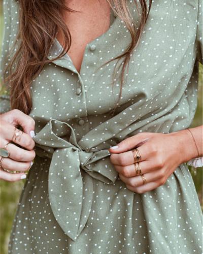 Solid color polka dot dress with shirt collar
