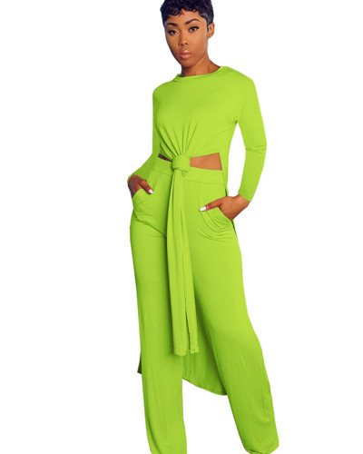 Green Two-piece sports suit