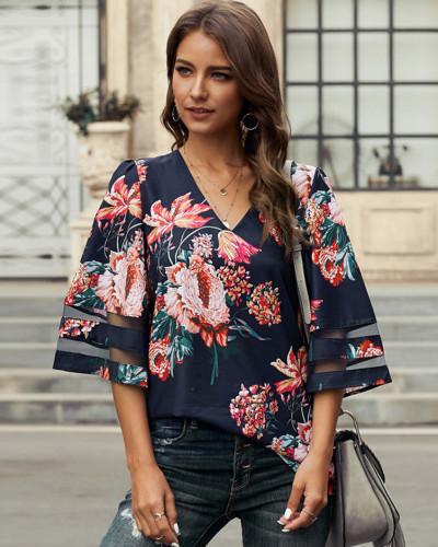 Red Short sleeve V-neck pullover shirt