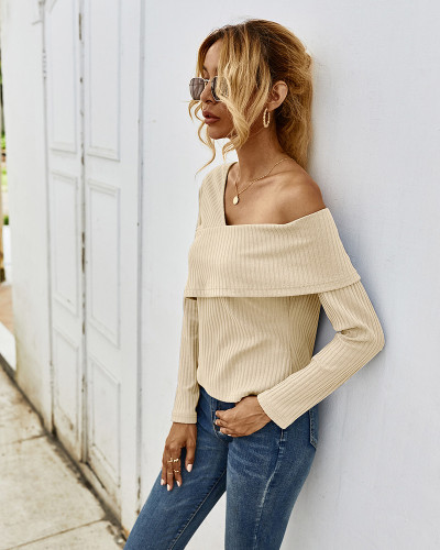 Apricot Sexy off-shoulder long-sleeved T-shirt