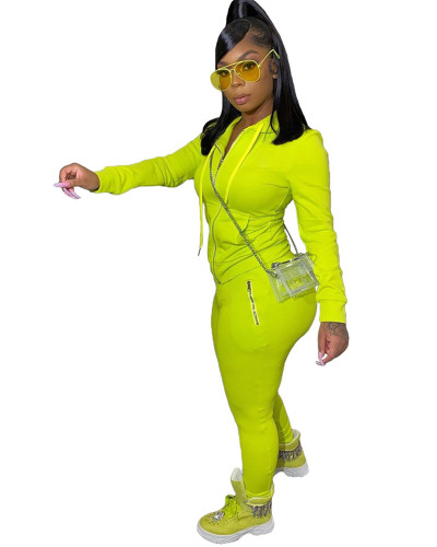 Green Two-piece suit with personalized zipper