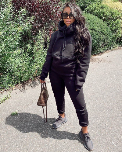 Black Autumn and winter new leisure solid color hooded sports suit