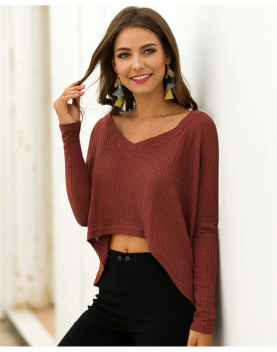 Red V-neck fashion short front and back long loose T-shirt