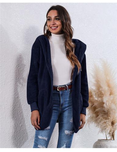 Blue Wear an anti-fur coat on both sides