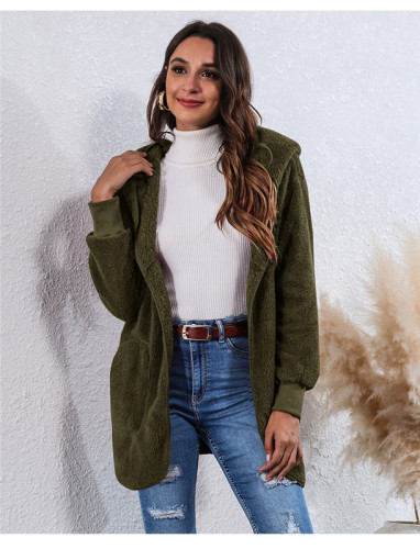 Green Wear an anti-fur coat on both sides