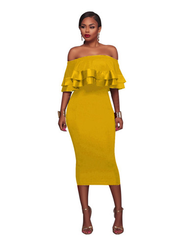 Yellow Bohemian vintage dress with one neck and large hem