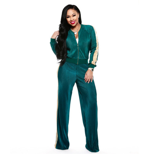 Green Sexy and fashionable two piece leisure sports suit
