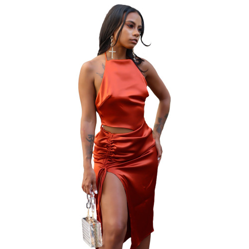 Red   Top slit pleated skirt suit