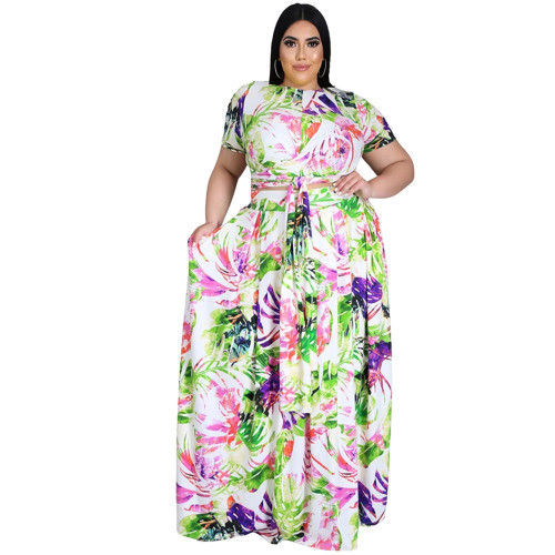 Two-piece skirt suit with big skirt and print tie