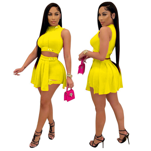 Yellow Popular Sleeveless Button-Decorated Shorts and Skirt Two-Piece Set