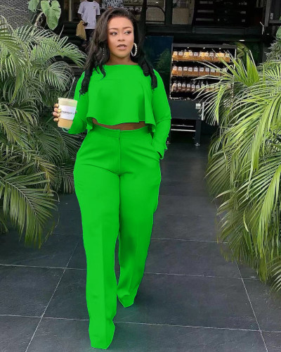 Green The front is short and the back is long. Fashionable back pleated solid color wide leg independent stand two-piece set