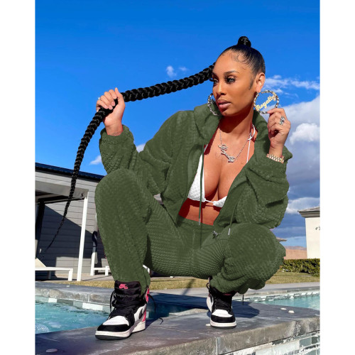 Green   Thick warm winter sports and leisure ladies suit