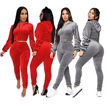 Women Long Sleeve Hoodies And Long Pants Velvet 2 Pieces Suits SHE-7166