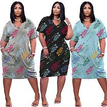 Loose Fitting Printed Letters V Collar Short Sleeve Pocket Dress TK-6158