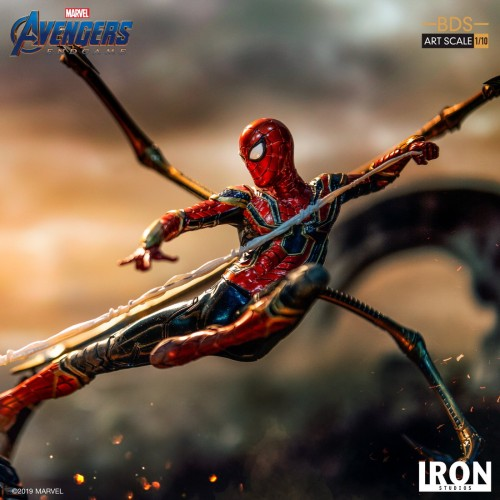 【In Stock】Iron Studio Marvel Avengers Endgame Iron SpiderMan Vs Outrider statue