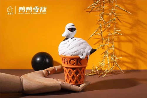 【Preorder】Zzo Studio Bandage Duck ice cream cone resin statue's postcard