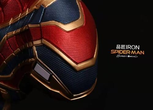【Preorder】PinJiang Studio Marvel Iron Spider Man Bust Resin Statue's postcard