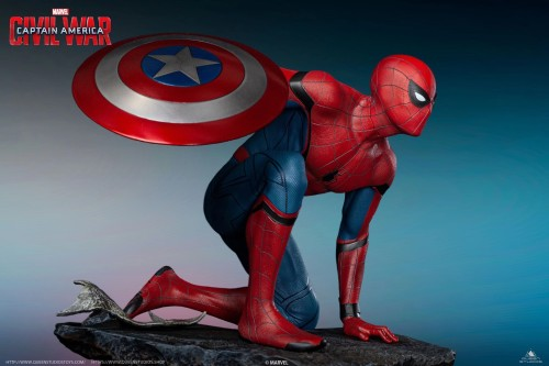 【Preorder】Queen Studio Marvel Spider-Man 1/4 Resin Statue Copyright's post card