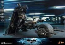 【Preorder】HotToys DC DX19 Batman 1/6 Scale Statue's post card