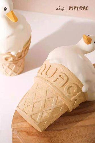 【Preorder】Zzo Studio Classic Original Duck Ice Cream Cone Resin Statue's Postcard