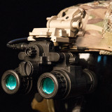 FMA AN/PVS31 Night Vision Goggles Military Fan Model for Helmet - Luminous Version