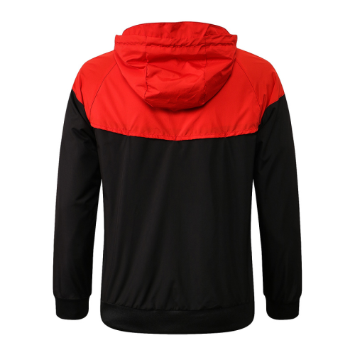 Liverpool 21/22 Wind Coat - Red/Black