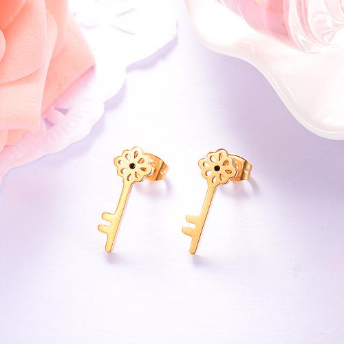 Pendientes de botón de acero inoxidable con diseño de llave de joyería chapada en oro