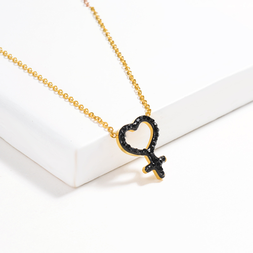 Collar de oro con diamantes de arcilla negra de estilo de moda