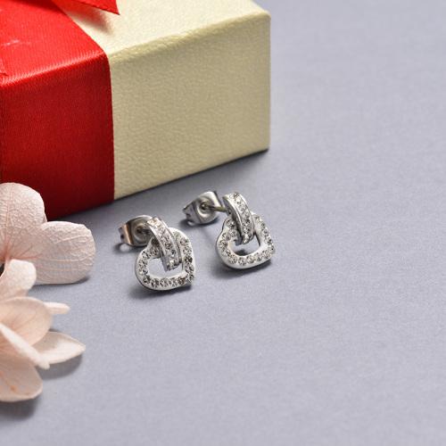 Aretes de plata con corazón de diamantes y acero inoxidable