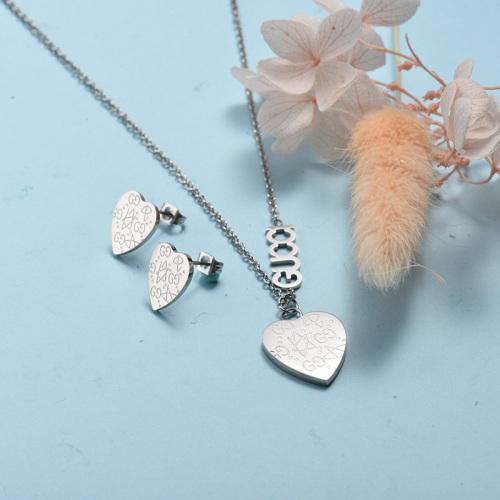 Conjunto de collar de corazón de plata de acero inoxidable al por mayor