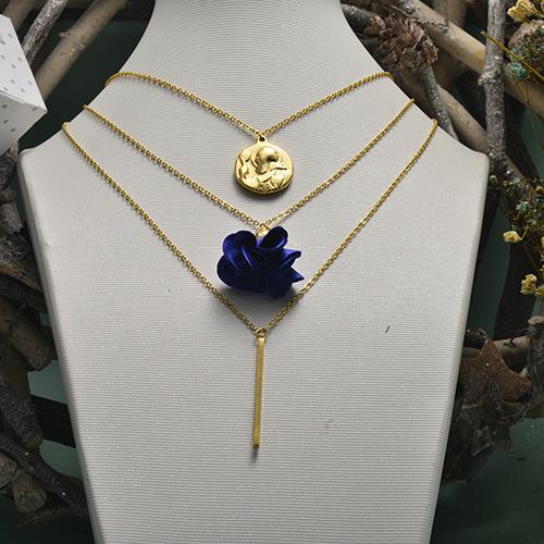 Collar de oro multicapa de estilo retro simple