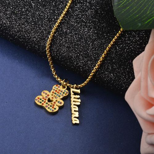 Collar de oro con colgante de oso de diamantes de lujo