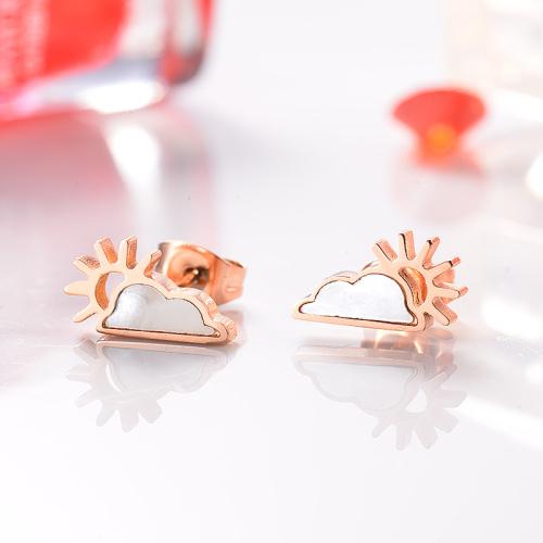 Pendientes de botón de acero inoxidable con joyas chapadas en oro rosa