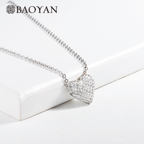 Clay diamond heart-shaped silver necklace