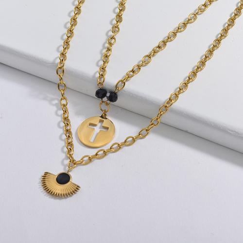 Secteur noir avec pendentif rond en croix Collier à chaîne à maillons ovales