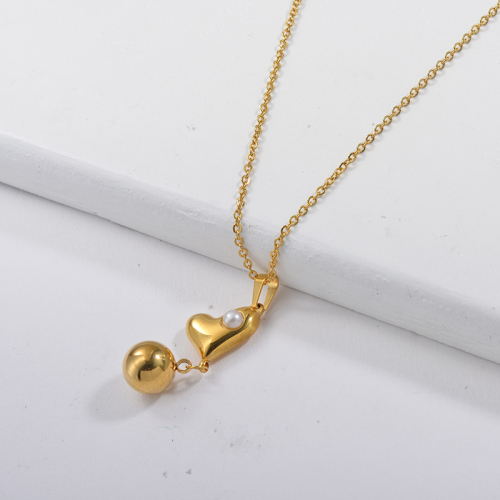 Collier pendentif mignon coeur en or avec perle